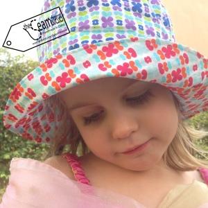 kitchenette sun hat